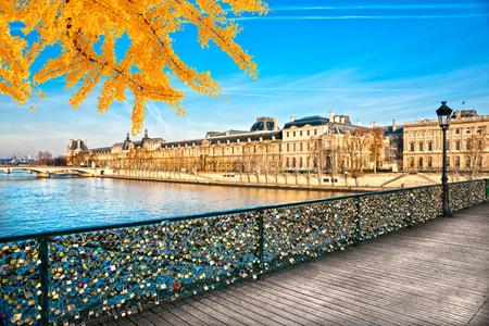 arts: View of the Louvre Museum and Pont des arts, Paris - France
