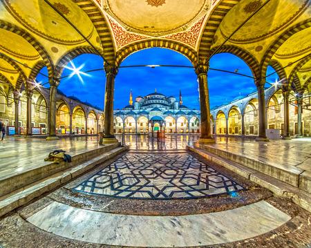 La mosquée bleue, (Sultanahmet Camii), Istanbul, Turquie.