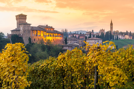 emilia romagna: Levizzano Rangone, Modena, Emilia Romagna, Italy