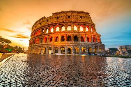Roma, The Majestic Coliseum. Italia.