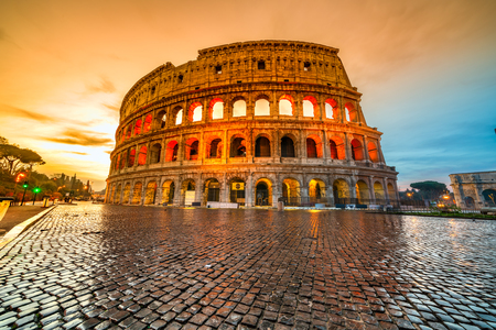 Roma, The Majestic Coliseum. Italia.