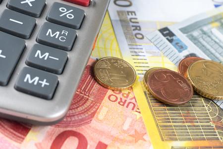 hypothec: euro banknotes, coins, calculator