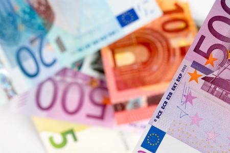 hypothec: euro banknotes, coins