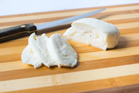 sliced mozzarella