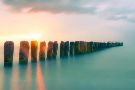 Kleurrijke zonsondergang op Oostzee