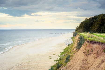 Een beeld van de Oostzee bij zonnige dag