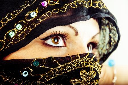 Een beeld van moslim meisje, studio shot