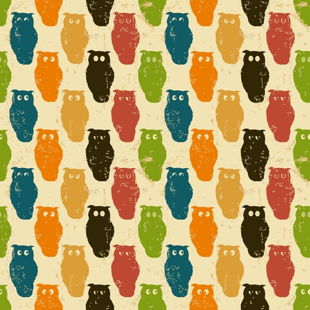 Halloween background. Retro styled owls in a seamless repeat pattern. Grunge. 矢量图像