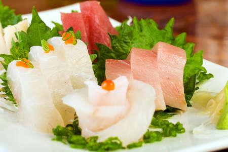 맛있는 스시 레스토랑에서 신선한 생선