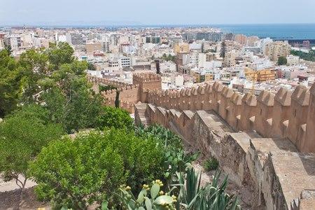 Vecchia fortezza Alcazaba in Almeria, Spagna Archivio Fotografico - 34309759