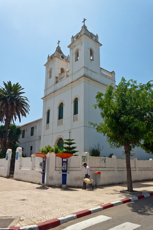 maroc: ASILAH, MOROCCO - JULY 31: Christian church at July 31, 2010 in Asilah, Morocco. Asilah is a fortified town on the northwest tip of the Atlantic coast of Morocco.
