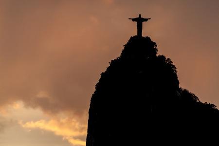 corcovado: Silueta de la estatua del Cristo Reedemer, Corcovado, R�o de Janeiro, Brasil