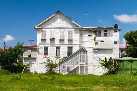 georgetown: Traditional wooden house in Georgetown, capital of Guyana.