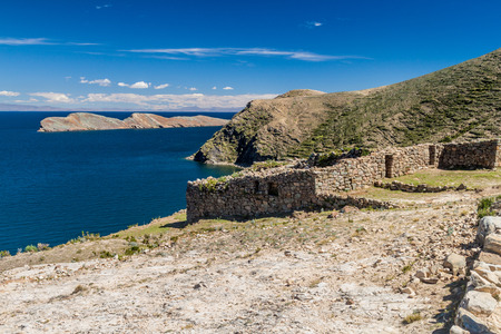 isla: Chincana ruins at Isla del Sol (Island of the Sun) in Titicaca lake, Bolivia Stock Photo
