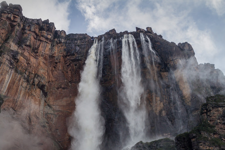 humid south: Angel Falls (Salto Angel), the highest waterfall in the world (978 m) during rainy period, Venezuela Stock Photo