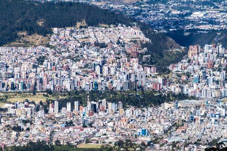 Veduta aerea di Quito, Ecuador Editoriali