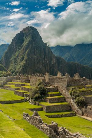machu picchu: Preserved buildings at Machu Picchu ruins, Peru