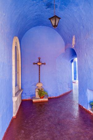 catholic nuns: Alley in Santa Catalina monastery in Arequipa, Peru Editorial