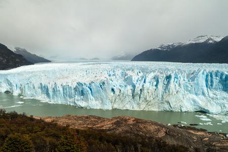 moreno glacier: Perito Moreno glacier in National Park Los Glaciares, Argentina