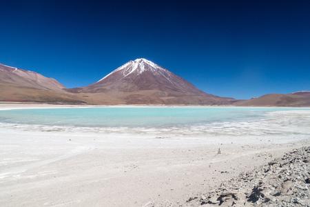 avaroa: Laguna Verde lake and Licancabur volcano in Reserva Nacional de Fauna Andina Eduardo Avaroa protected area, Bolivia