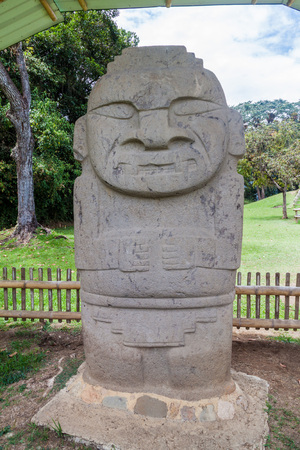 san agustin: Ancient statue in archeological park in San Agustin, Colombia