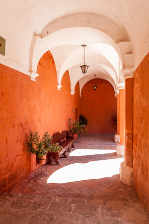 cloister: Cloister in Santa Catalina monastery in Arequipa, Peru Stock Photo