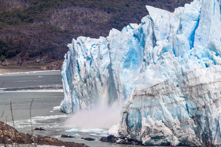 calafate: Ice falling from Perito Moreno glacier, Argentina Stock Photo