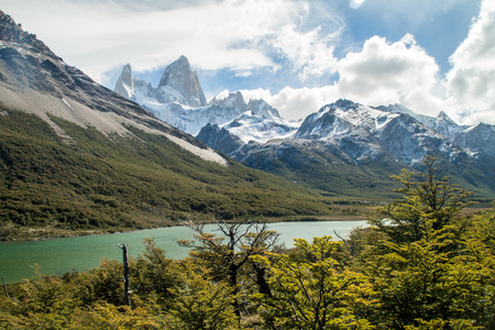 cerro chalten: Laguna Madre lake and Fitz Roy mountain in National Park Los Glaciares, Patagonia, Argentina