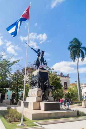 ignacio: CAMAGUEY, CUBA - JAN 25, 2016: Statue of Ignacio Agramonte in Camaguey