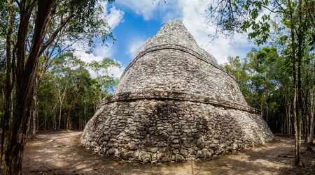 archaeological sites: Temple of the Paintings at the ruins of the Mayan city Coba, Mexico