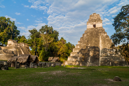 Gran Plaza and Temple I at the archaelogical site Tikal, Guatemala