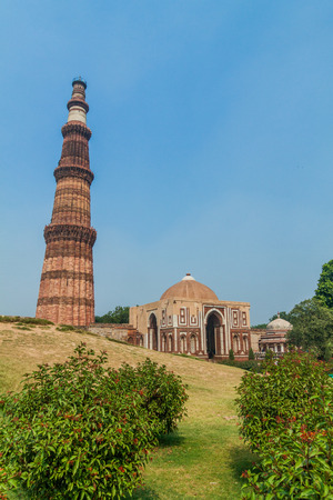 Qutub Minar minaret and Alai Darwaza (Alai Gate), in Delhi, India.