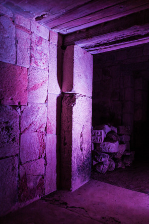 Illuminated ruins of the ancient Mayan city Uxmal, Mexico 版權商用圖片