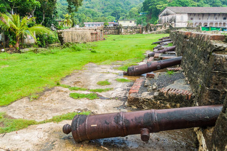 Cannons at Fuerte San Jeronimo fortress in Portobelo village, Panama 스톡 콘텐츠