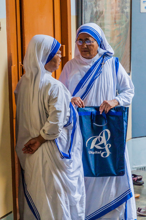 KOLKATA, INDIA - OCTOBER 30, 2016: Sisters of The Missionaries of Charity of Mother Teresa in Mothers House in Kolkata, India.