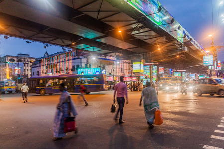 KOLKATA, INDIA - OCTOBER 28, 2016: Evening view of Acharya Jagadish Chandra Bose Rd Flyover in Kolkata, India Stock Photo - 109865822
