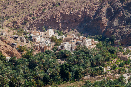 Small village in Wadi Tiwi valley, Oman 版權商用圖片