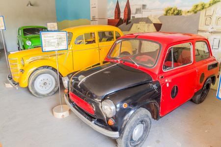 DUDUTKI, BELARUS - JUNE 17, 2017: Old cars exhibit in Dudutki Open Air Museum, Belarus Redactioneel