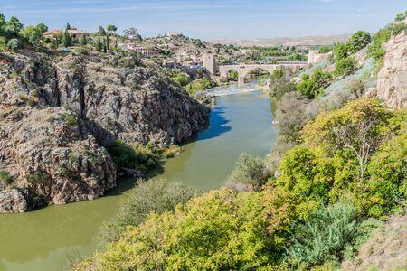 Puente San Martin bridge over river Tajo in Toledo, Spain Reklamní fotografie