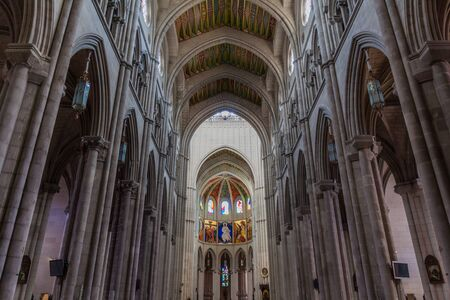 Interior of Almudena Cathedral in Madrid, Spain 免版税图像