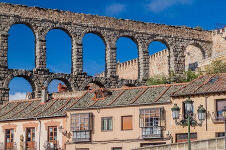 View of Roman Aqueduct in Segovia, Spain Archivio Fotografico - 131952467