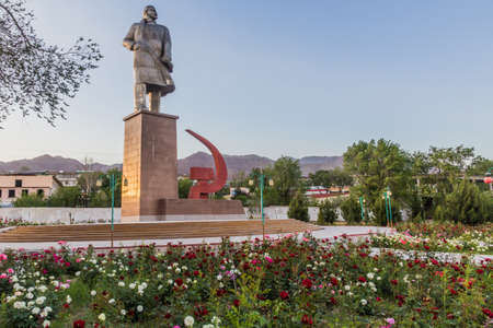 Lenin statue in Khujand, Tajikistan