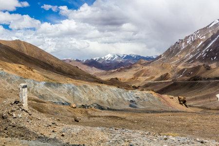 Pamir mountains in Gorno-Badakhshan Autonomous Region, Tajikistan Foto de archivo