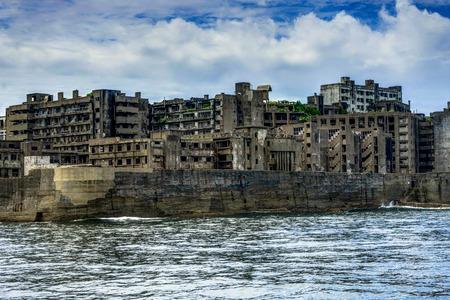 하시 마 (橋 島) 나가사키 근처 유령 섬 유적 스톡 콘텐츠
