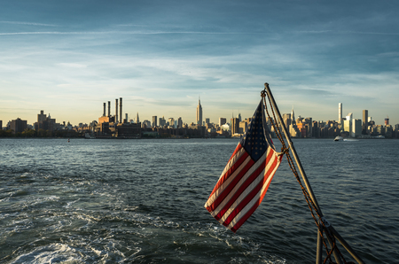 American Flag New York Skyline Citiview Manhatten with Empire St