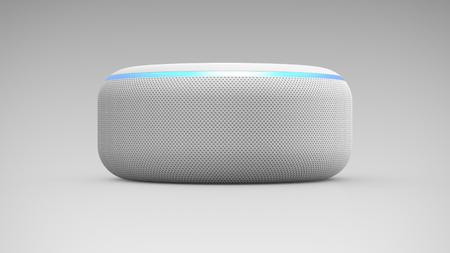 Amazon Echo Dot 3a generazione su sfondo chiaro Editoriali
