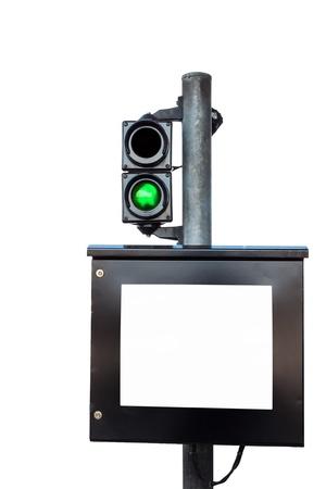 turnpike: Monitor y de la luz verde en la caseta de cobro de honorarios en el fondo blanco