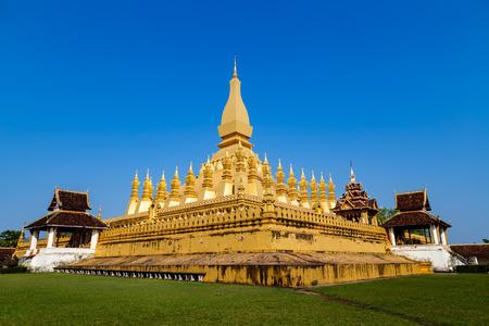 tat: Wat pha tat luang stupa in Vientiane ,Laos