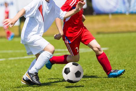 Mecz piłki nożnej dla dzieci. Turniej Szkolenia i piłka nożna Zdjęcie Seryjne