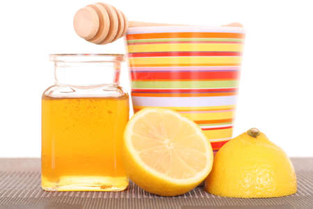 cold remedy: cold and flu remedy - honey and lemon